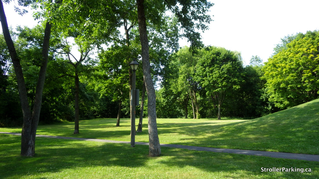 ❄ Sledding- Brookside Park